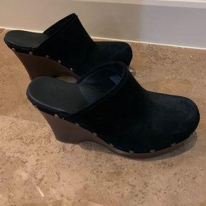 Ugg Black Suede Women's Clog Size 7